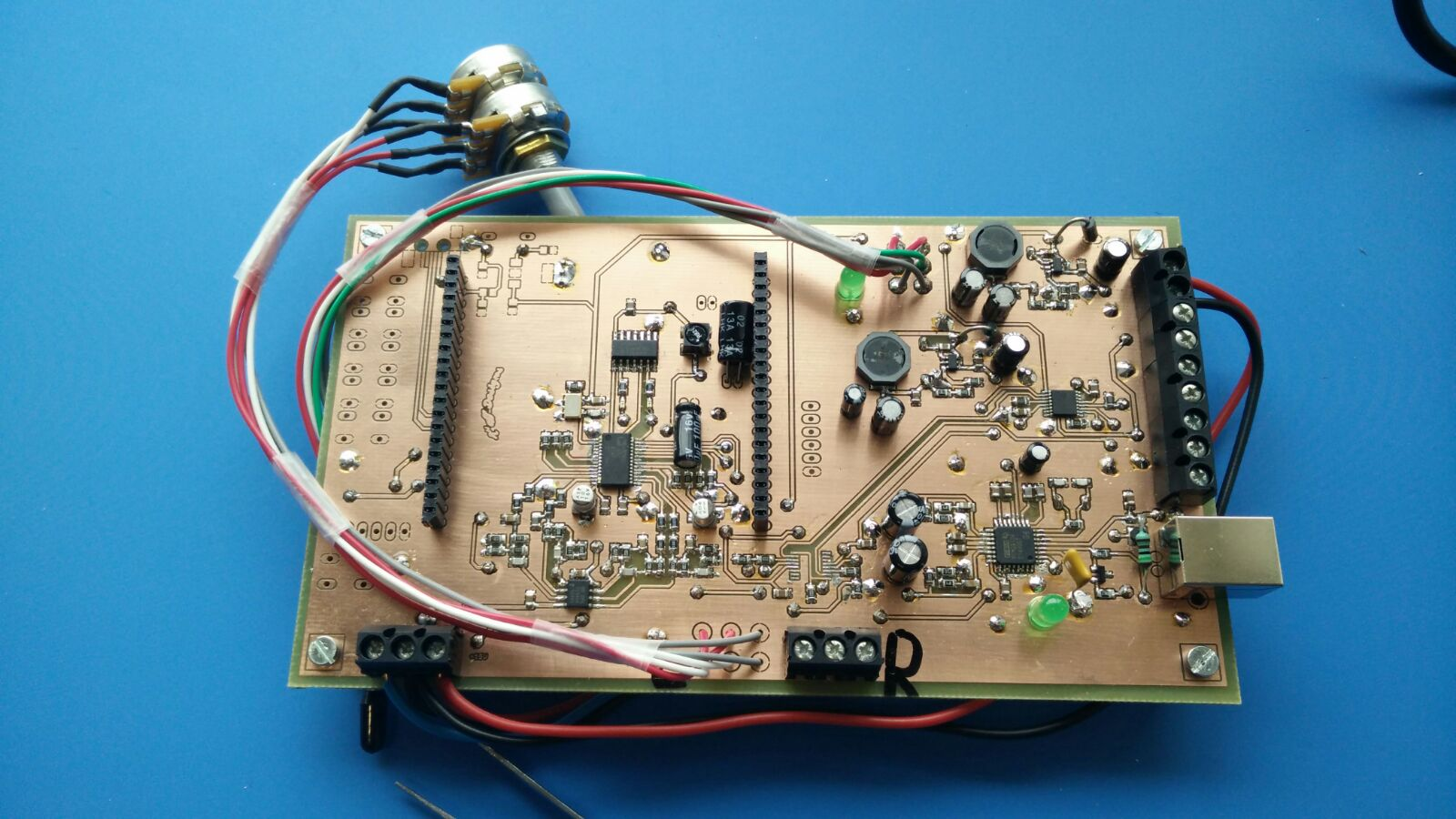Ad1852 33v I2c Qa Audio Engineerzone Better Way To Achieve Level Convertion Is Use A Shifter Or For The Lever Conversion 5v I Used Following Type Of Logic